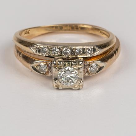 14KT. WHITE GOLD AND DIAMOND RING SET.  Estimate:  $4,000 - $6,000.    View Lot >