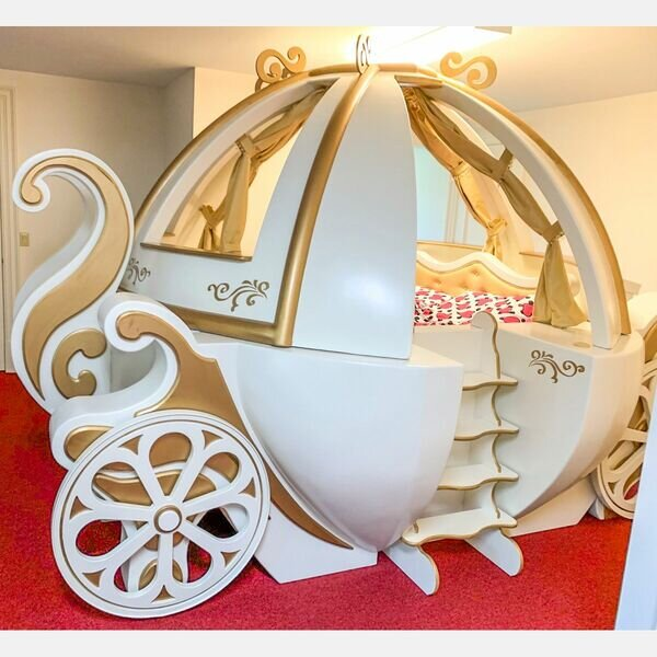 CUSTOM MADE CINDERELLA CARRIAGE BED .  Estimate:  $2,000  -  $4,000 .  Lot#398      View Lot >