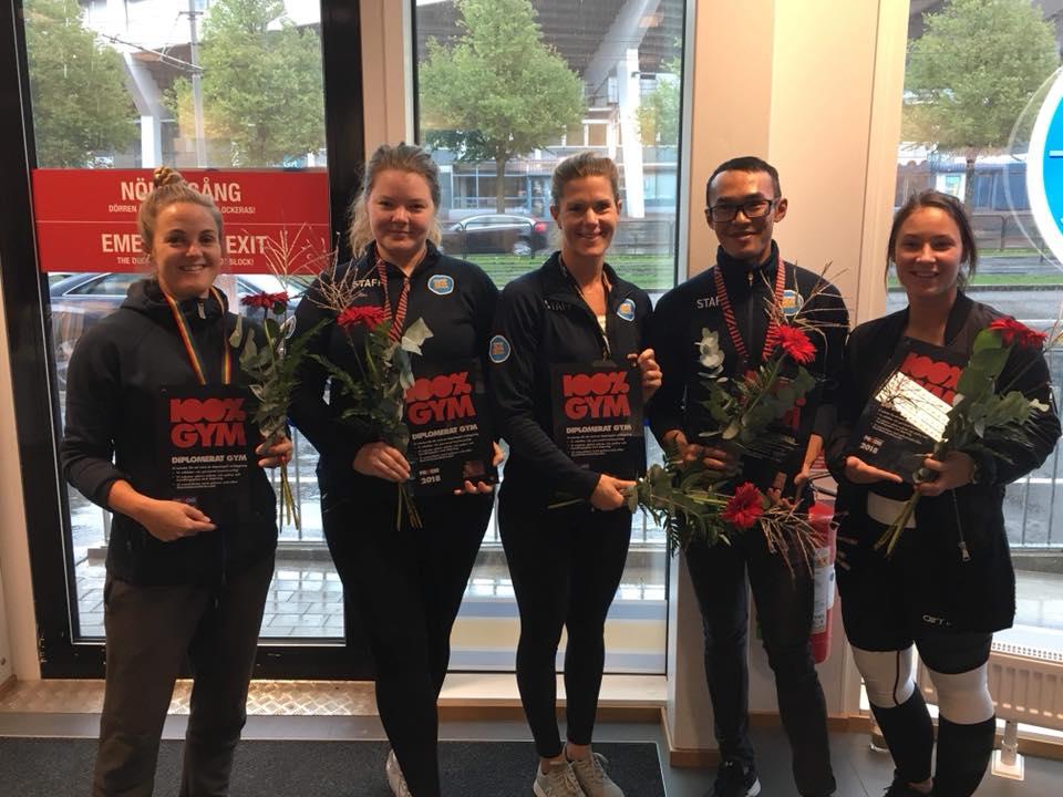 Representanter för de fem nya diplomerade gymmen i Göteborg. Arbetet fortsätter och nya träningsanläggningar i staden kommer diplomeras under 2018/2019.