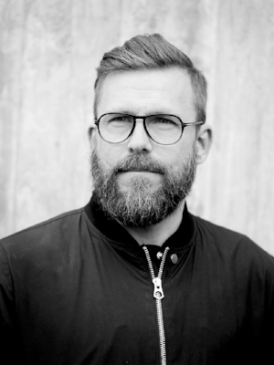 Johan Öhman var i flera år projektledare på PRODIS och en av de som var med och startade arbetet med 100% Ren Hårdträning. Idag arbetar han deltid med projektet på distans.
