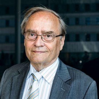 Professor Arne Ljungqvist