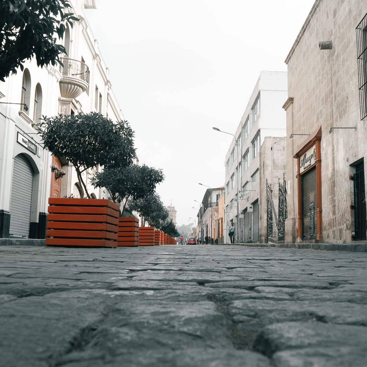 Low-angle street photography in Peru