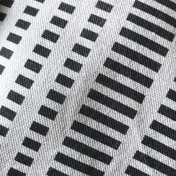 stripe_bw_grey.jpg