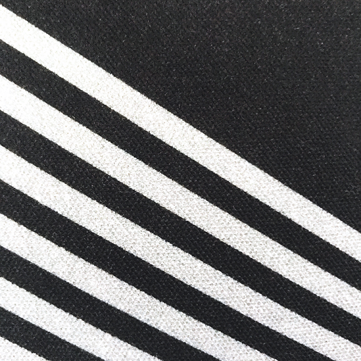 Kite: Monochrome