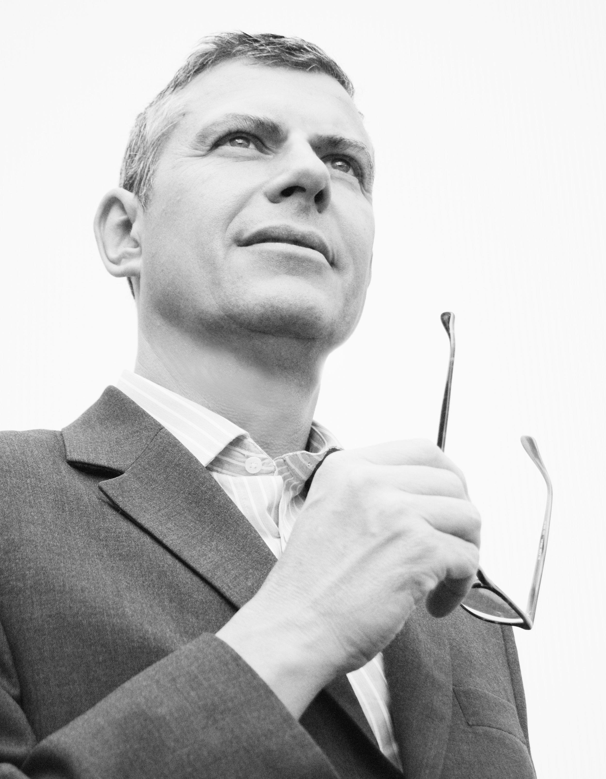 Daniel Galli  | CEO | Verwaltungsratspräsident | Vorsitzender der Geschäftsleitung | Geschäftsführer seit 1998    daniel.galli@blumengalli.ch  Tel: 044 445 77 88 Fax: 044 445 77 66