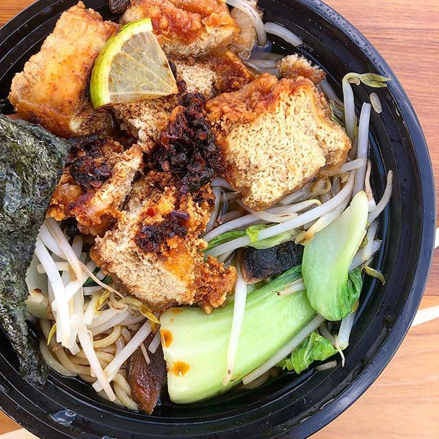 I've been crying a lot lately. 😢 I even cried a little bit over this @mudenver crunchy ramen bowl because life is that crazy right now. 🤷🏻‍♀️ And you know what, that's okay. #KeepinItReal ⠀ ⠀ #plantbasedmeals #veganfood #whatveganseat #foodporn #plantbased #plantstrong #weeknightmeals #denvereats #plantbaseddiet #plantbasedlifestyle #vegan #denvercolorado #vegans #vegansofig #vegancommunity #herbivore #vegandinner #veganfoodshare #eatmoreplants #plantbaseddiet #yummy #veganblogger #veganblog #veganshare #easyvegan #whatsonmyplate #veggies #herbivore #mudenver