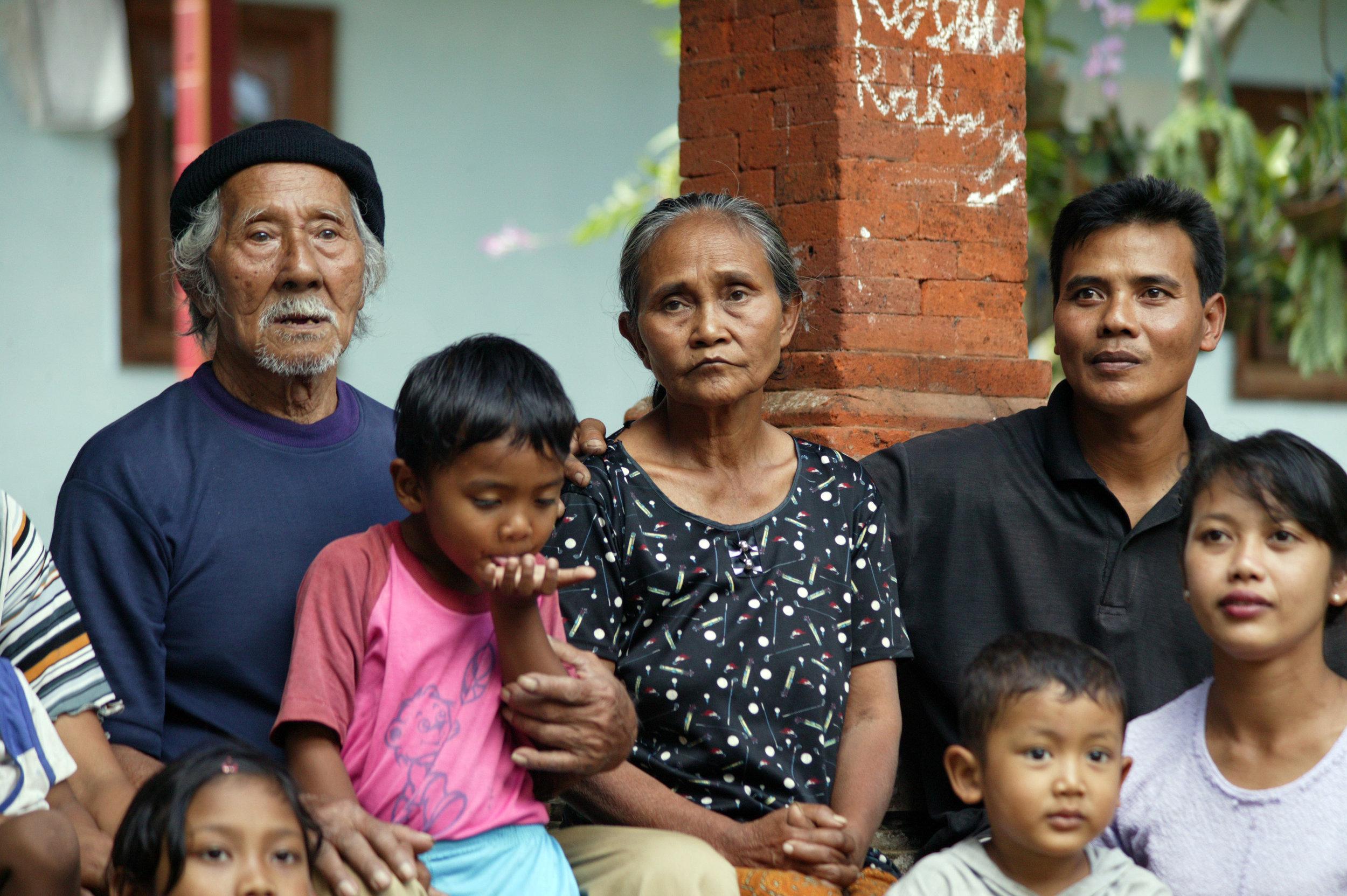 NKK family 2.jpg