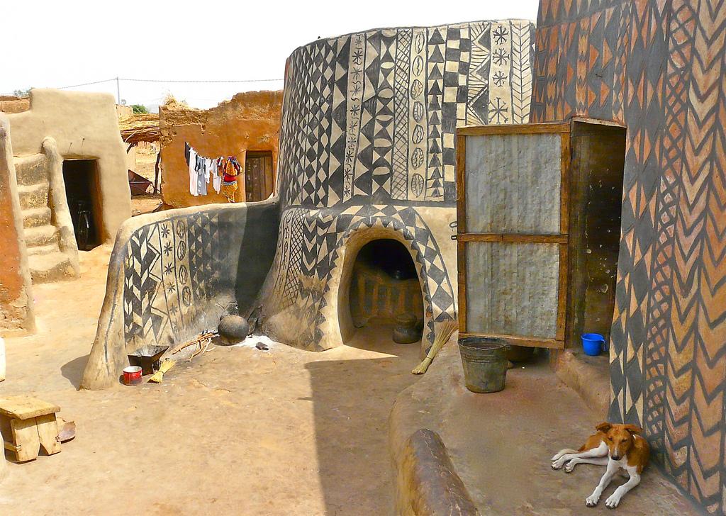 africanvillage1.jpg