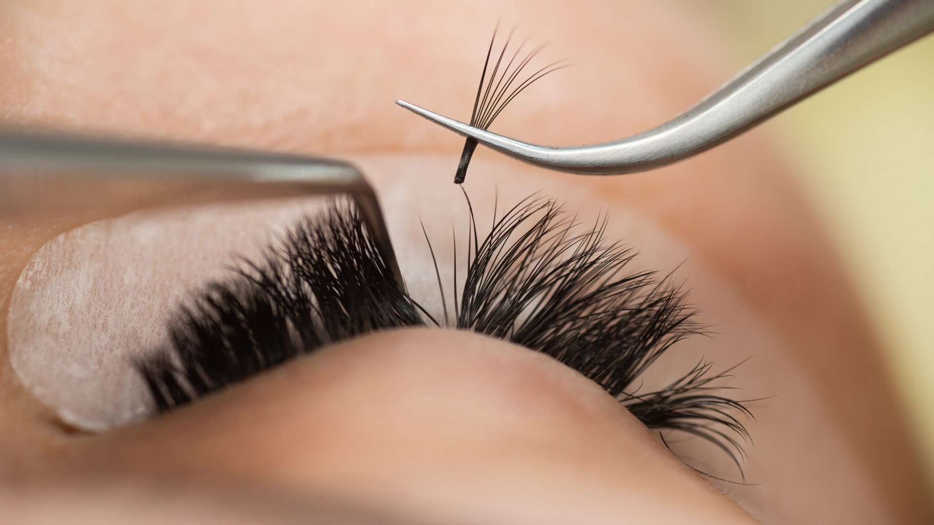 Volume Lashes - 2-6D lashes are placed on each natural lash. This look is perfect for those who love glam and fullness.