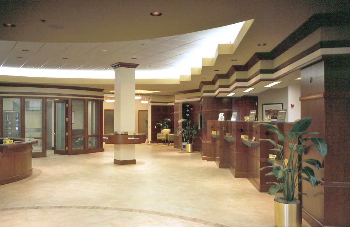 Lobby02 light.jpg