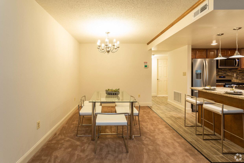 briarcliff-apartments-cockeysville-md-2br-15ba---legacy (5).jpg
