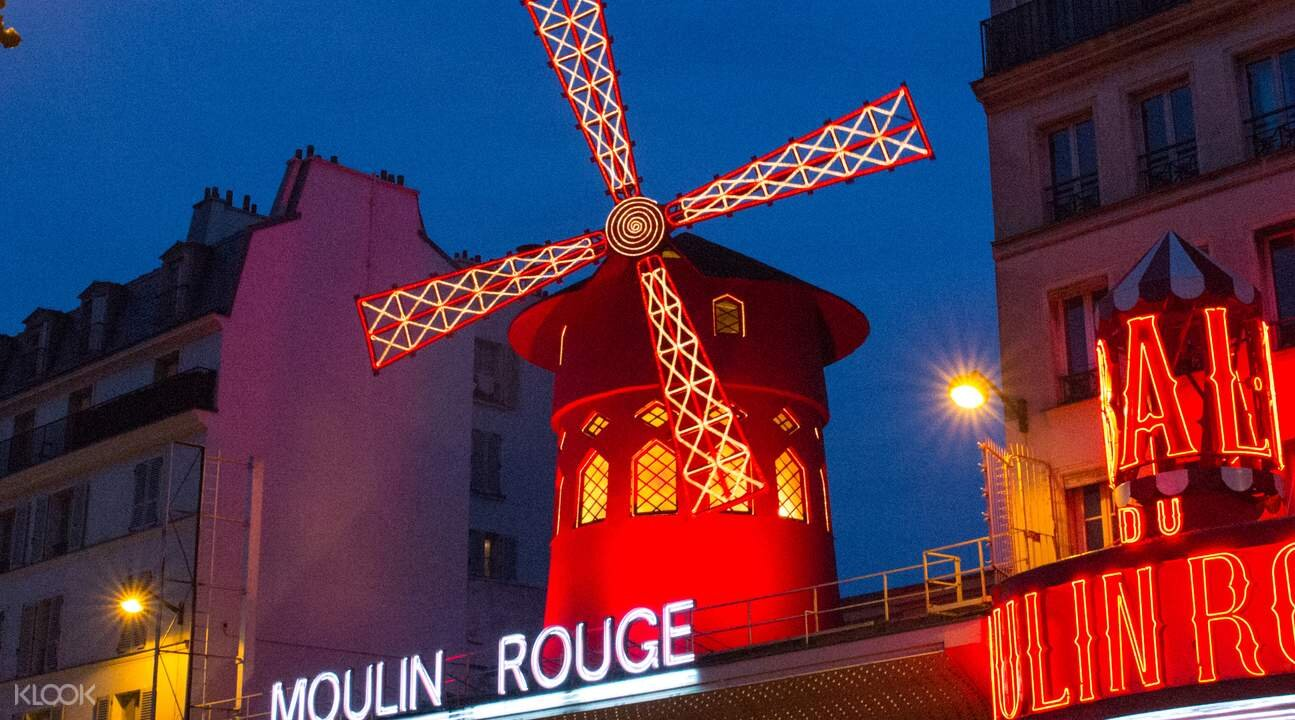 romp the can't-miss 'hoods of Paris -