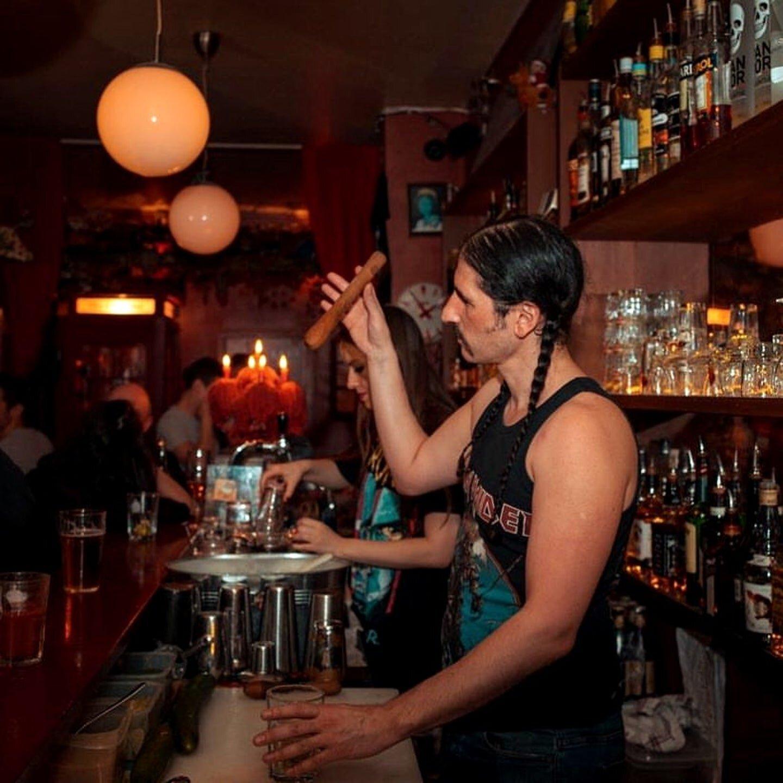 party like a parisian -