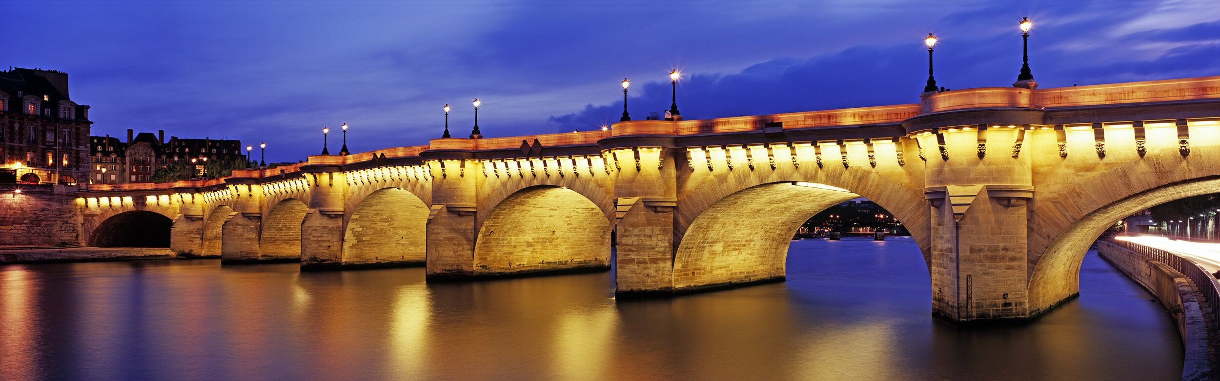 cruise the seine -