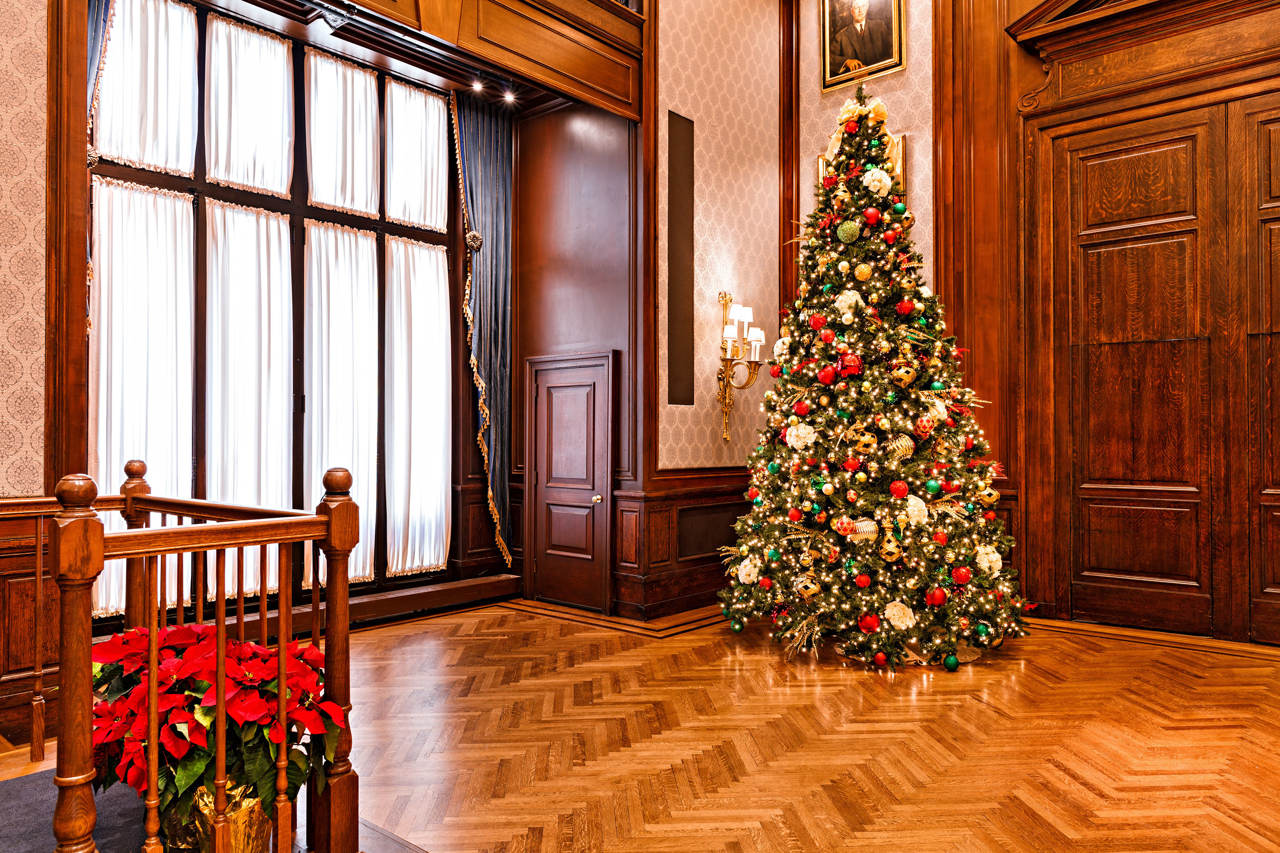 Union League ballroom tree far.jpg