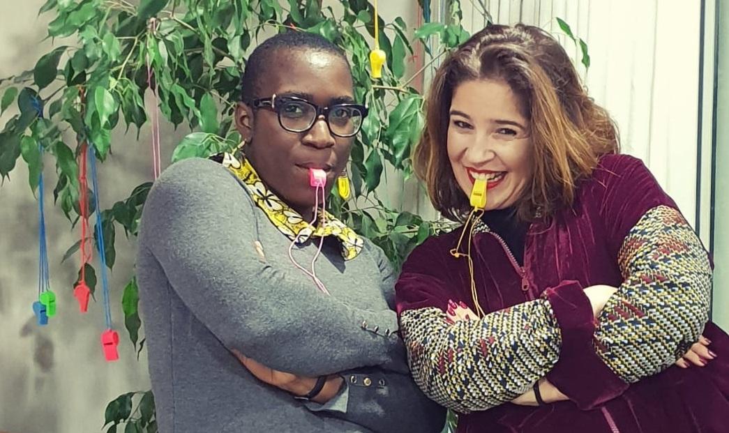 Je pose avec Laila dans son bureau, à Casablanca. Credit Photo: Eyala