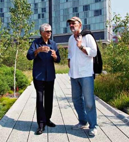 Scofidio and Mayne on the Highline. Photo by Yoo Jean Han