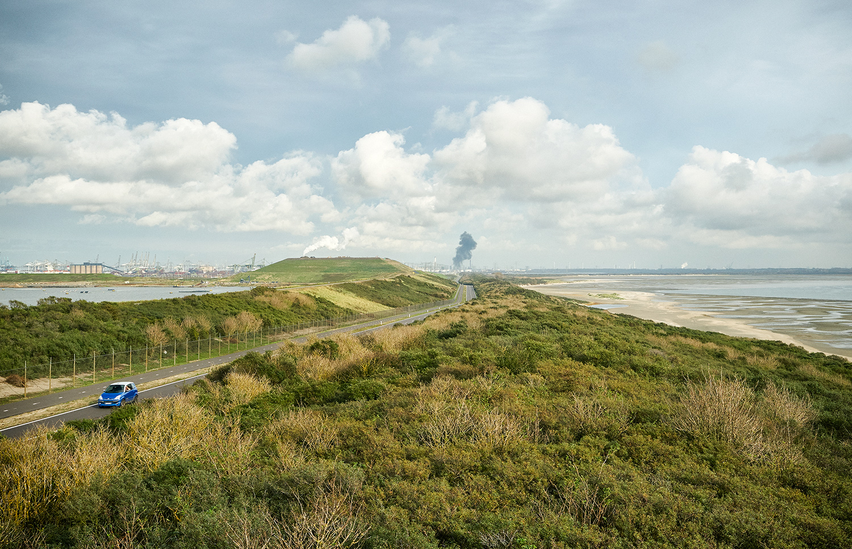 Maasvlakte Rotterdam, Slufter en Noordzee