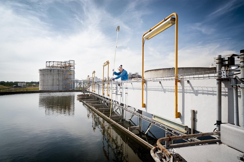 DOW-Jaarverslag-Water.jpg