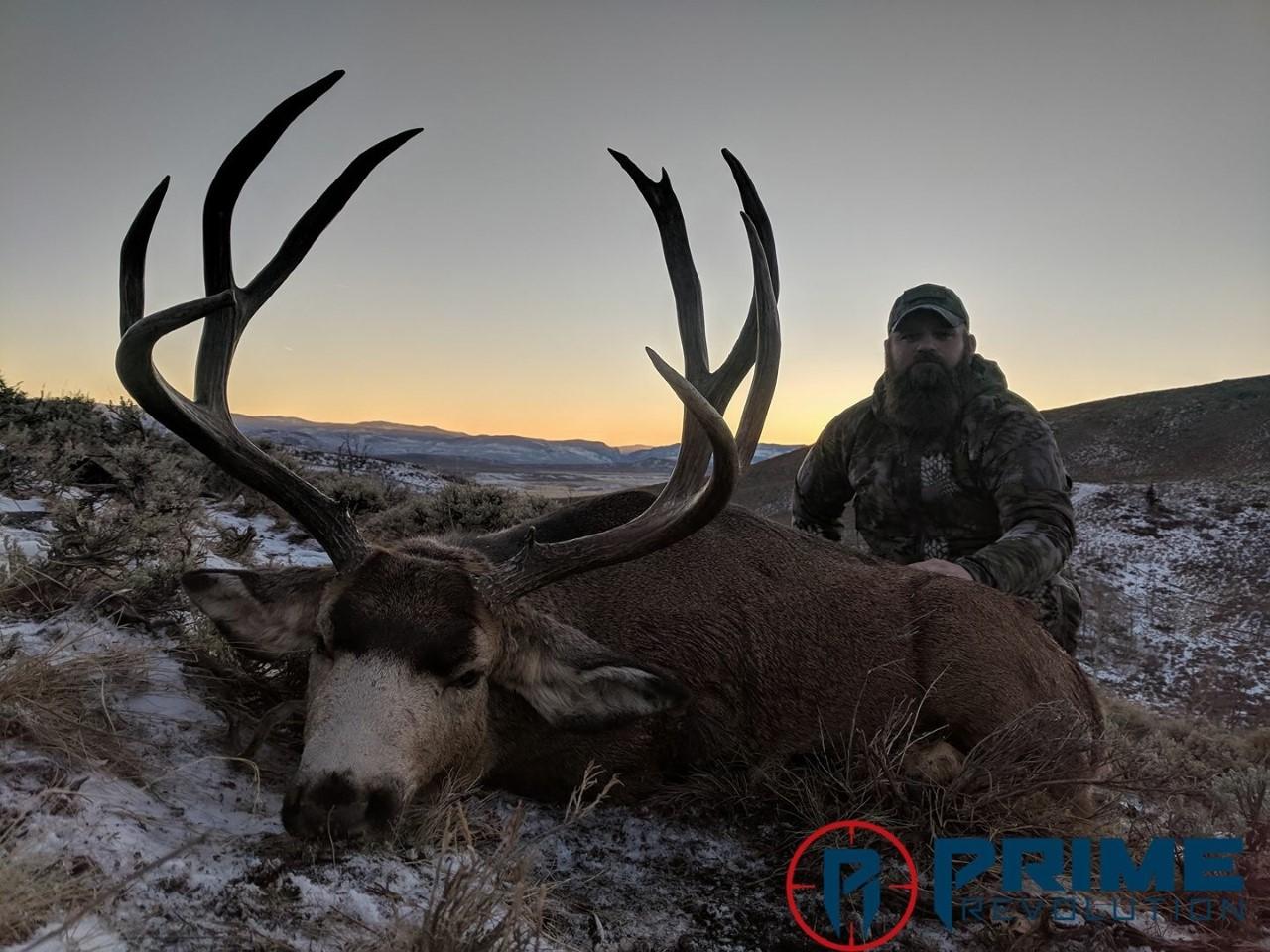 Justin Sp and a beautiful Bull Basin mule deer buck.jpg