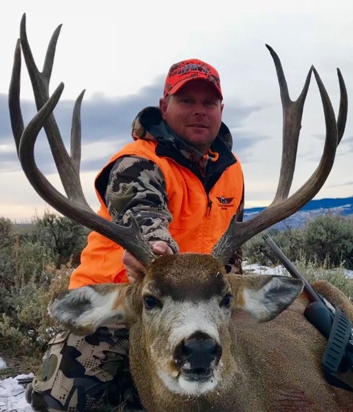 Nolan A and his Bull Basin Outfitters muley buck.jpg