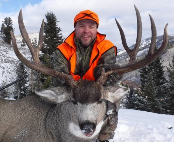 James H with trophy mule deer from Bull Basin Outfitters.jpg