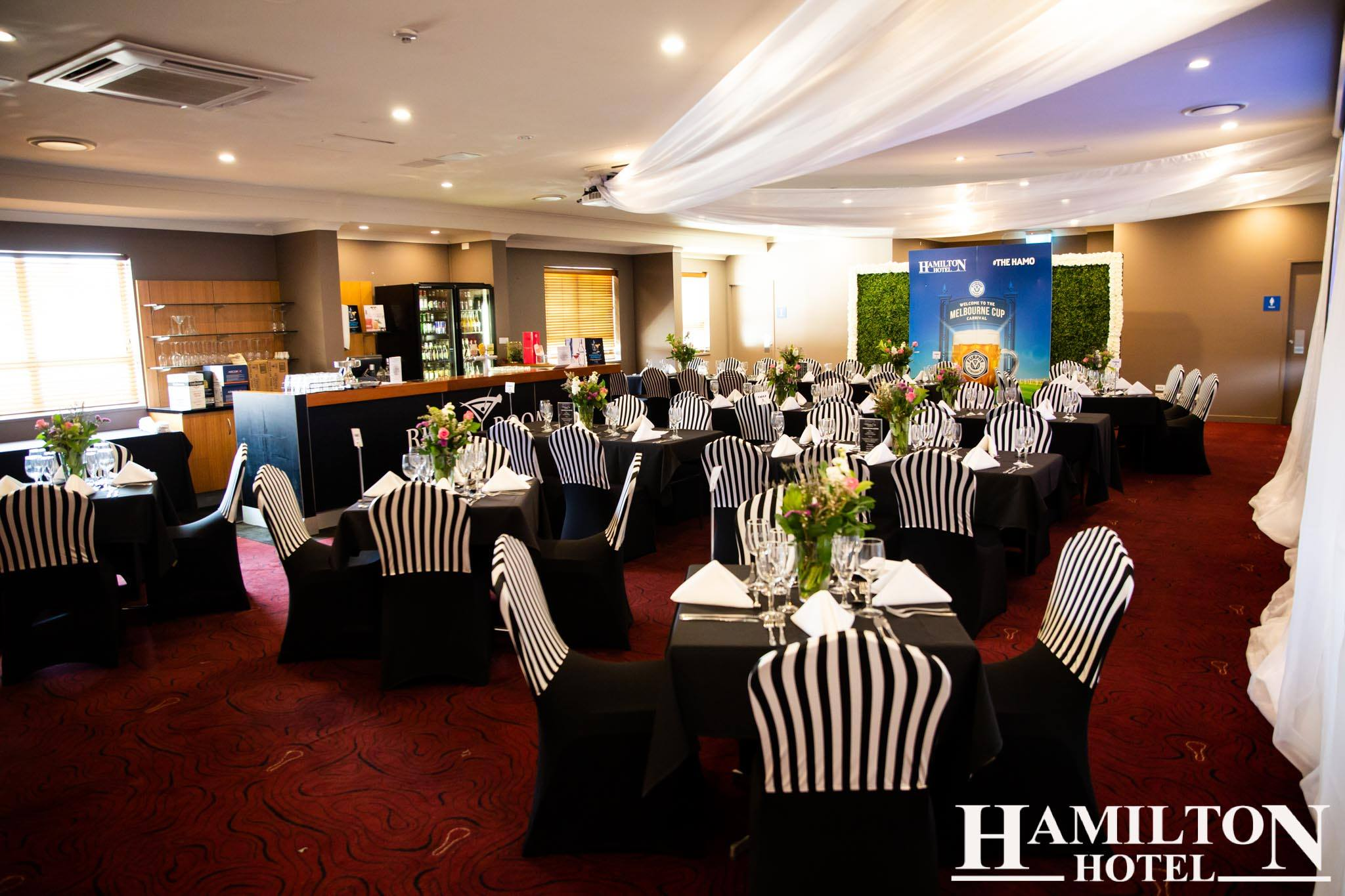 Melbourne-Cup-Hamilton-Hotel-Hamilton,QLD (2).jpg