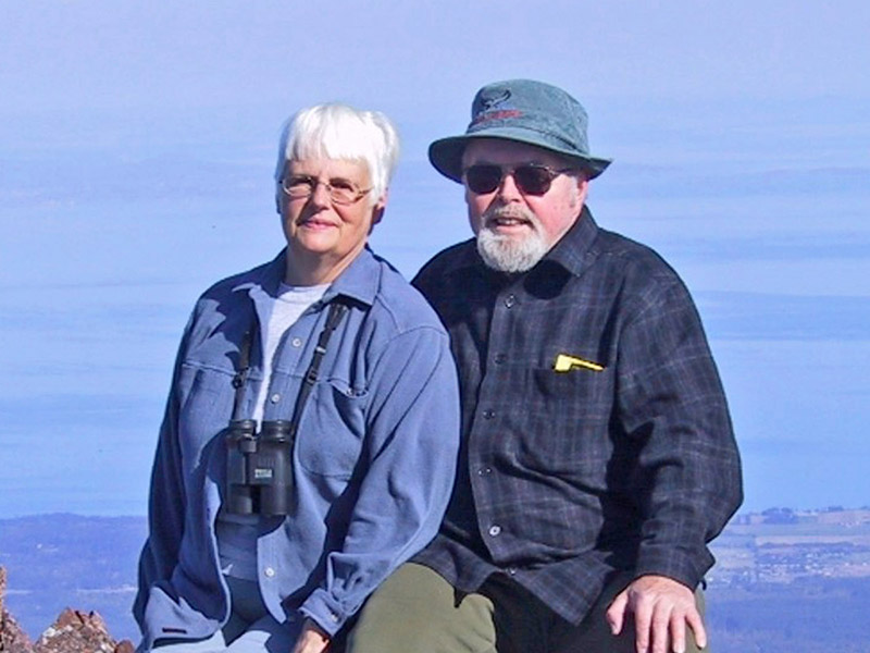 Marty and Larry Hanson on a hike in 2002. Marty and Larry Hanson were stalwart supporters of the Issaquah Alps and the Mountains to Sound Greenway for over three decades.