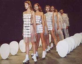 feshina-eggs-chess-objects-show-2000-s-2.jpg