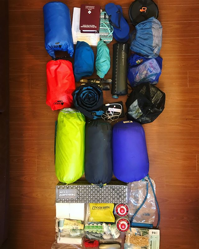All our bags are packed, we're ready to go! Off to Niagara Falls tomorrow 🤩 . . . . . . #brucetrail #hiking #walk #ontario #toronto  #getoutside #optoutside #neverstopexploring #exploreontario #adventure #niagaraescarpment #hikingontario #nature #endtoend #trailraisers #fundraiser