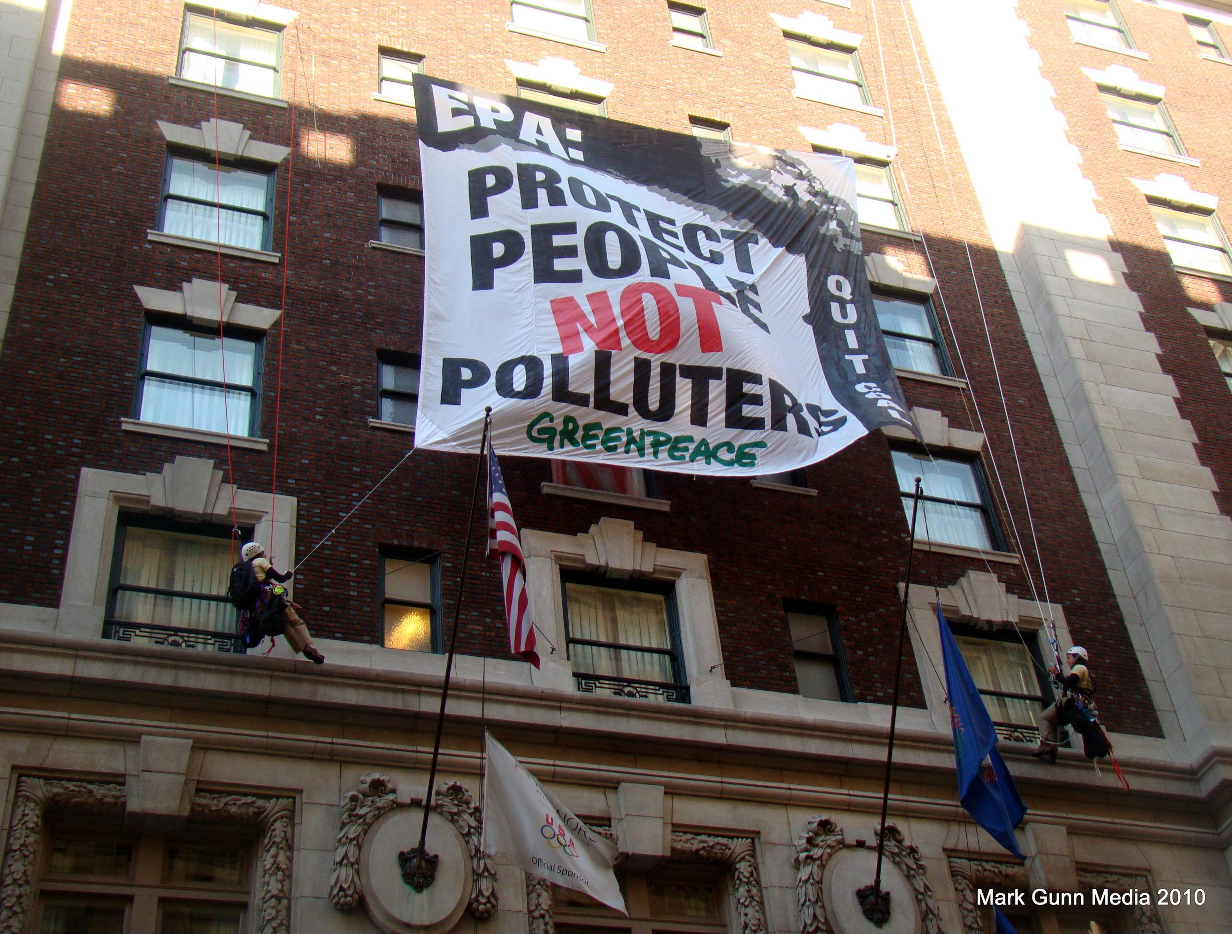 2 Greenpeace.JPG