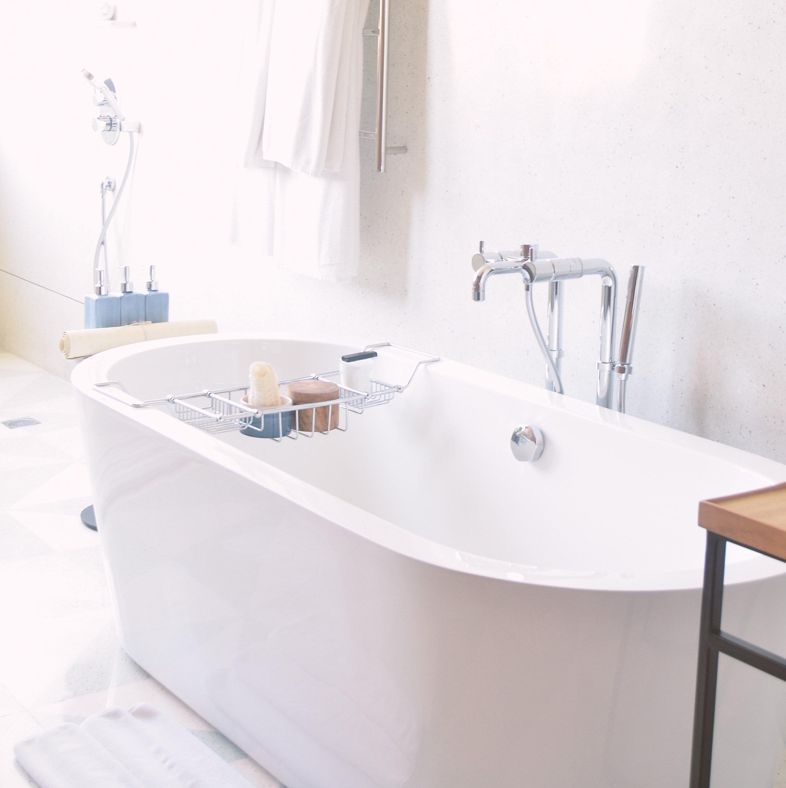 Epsom Salt and essential oil bath soak