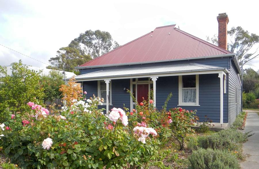 Yarram Cottage.jpeg