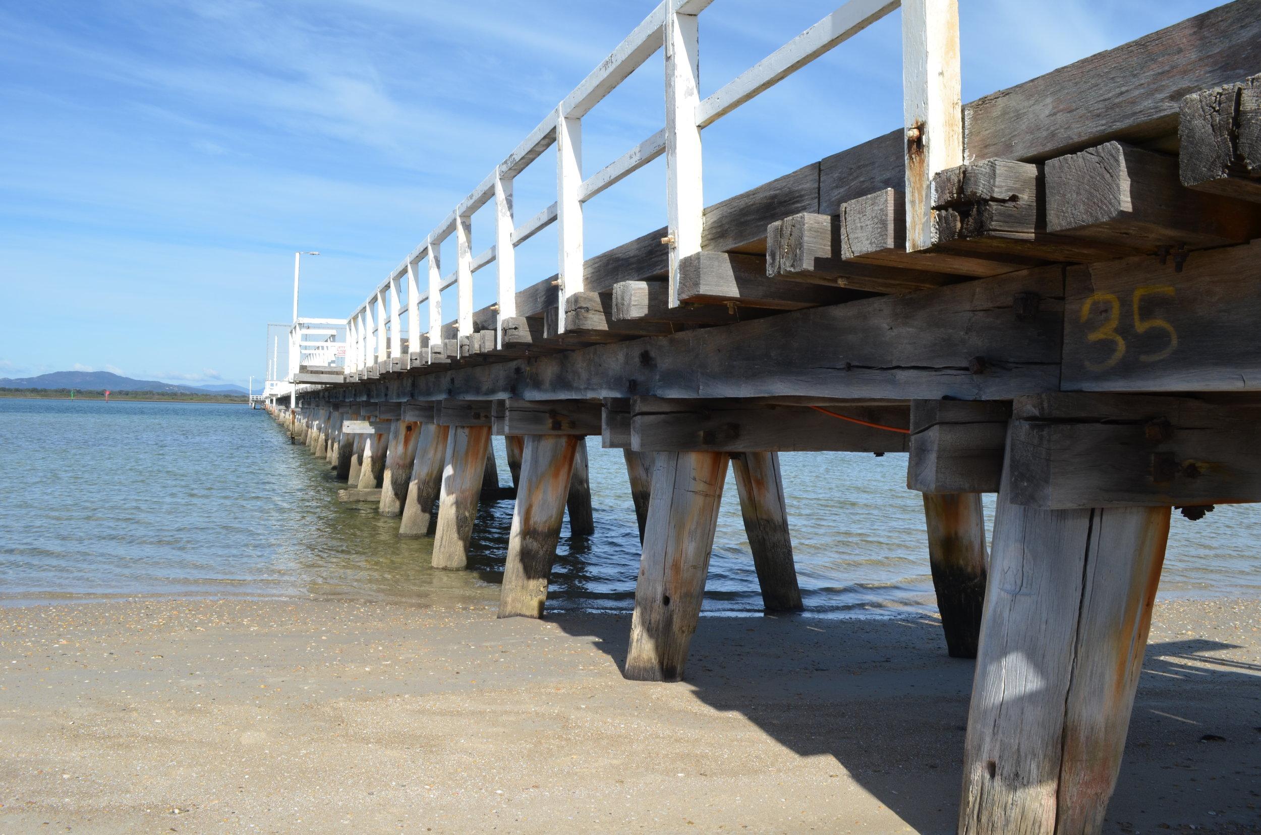 Pier Port Welshpool.jpg