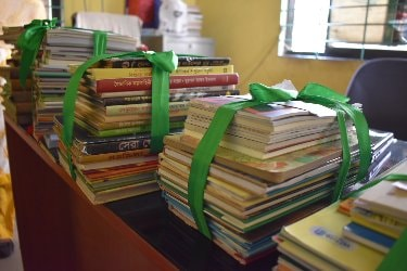 agami_books.jpg