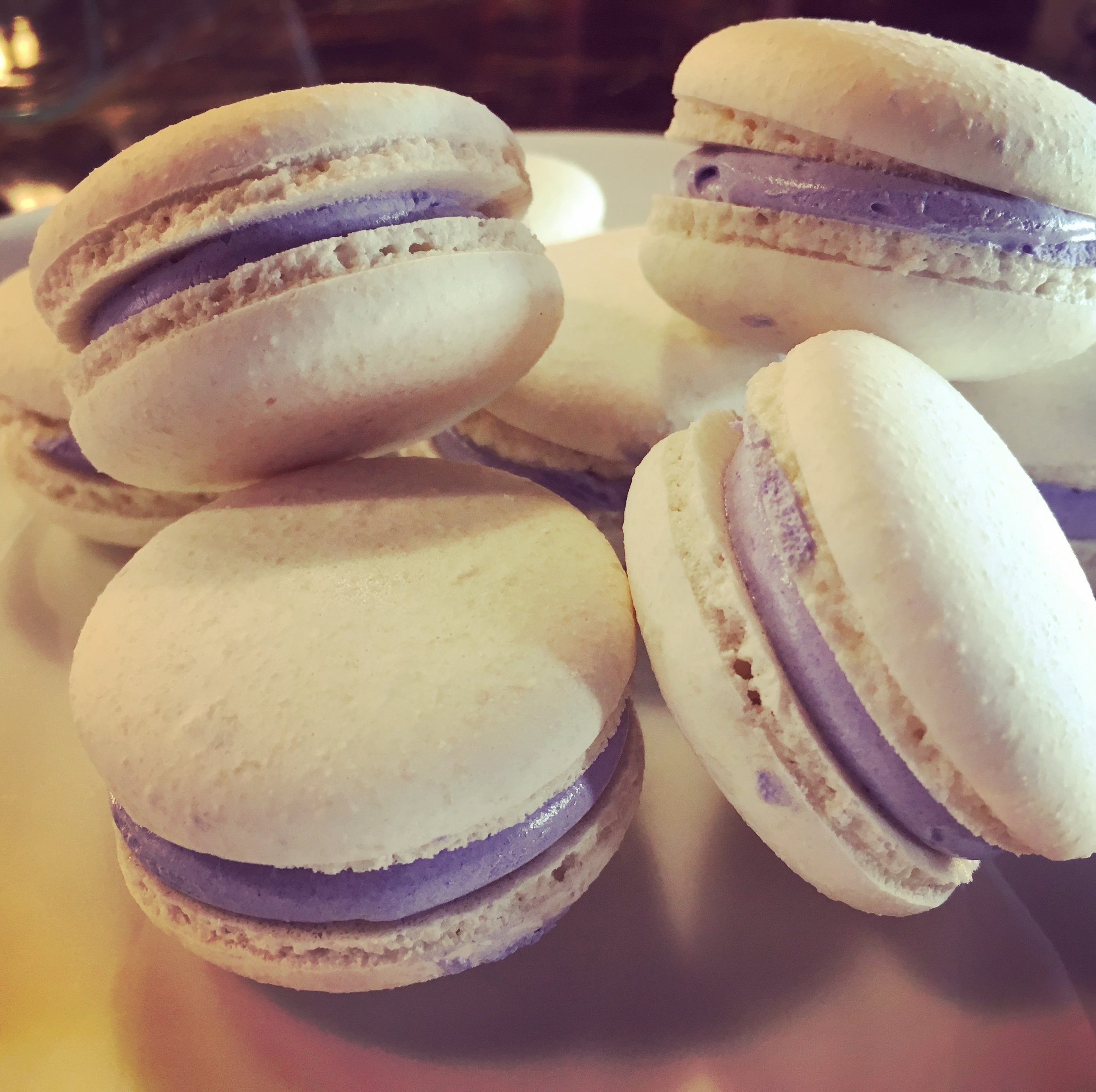 LavenderMacarons_jk_IMG_3955.jpg
