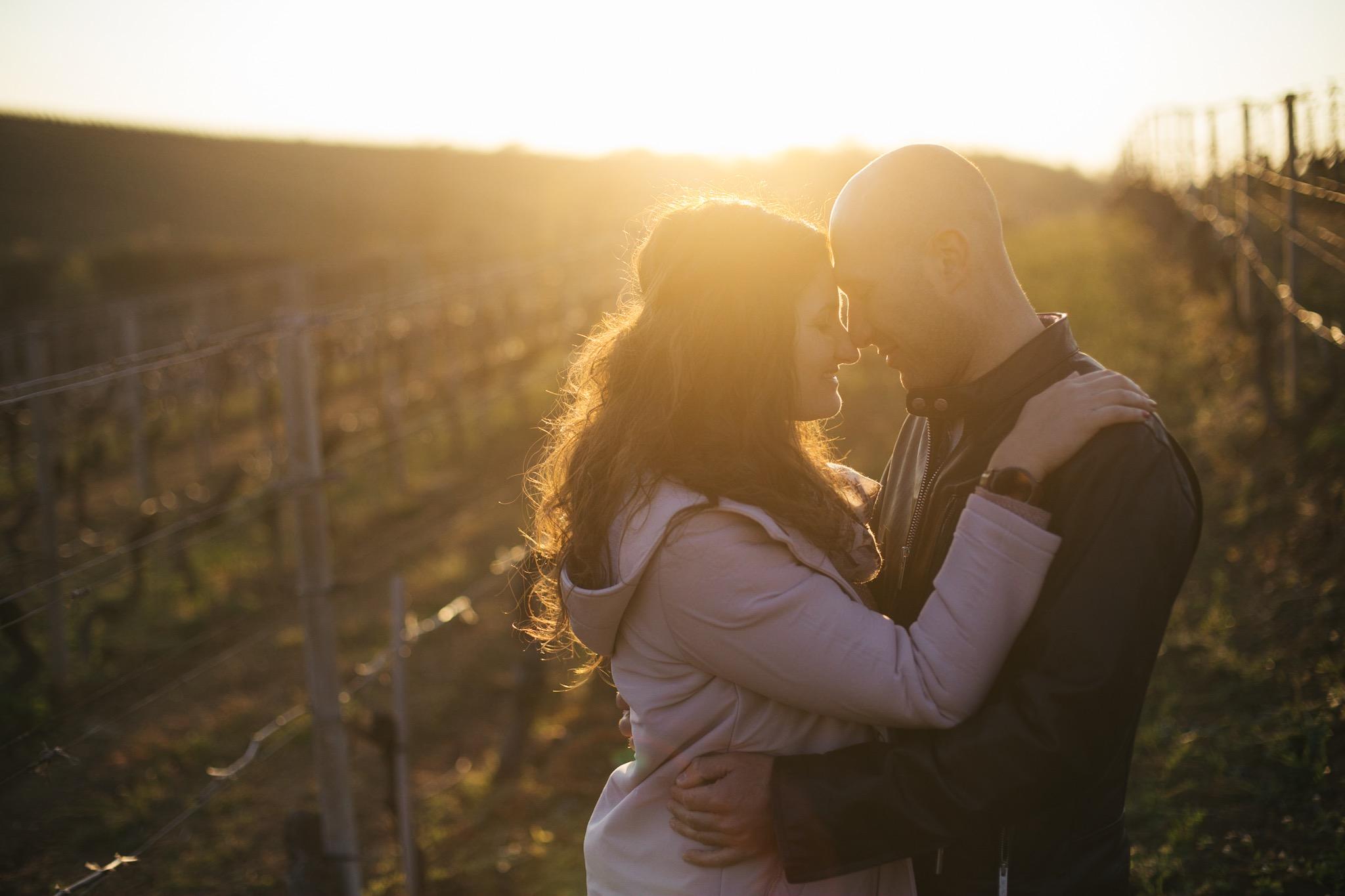 Nel mio servizio fotografico di matrimonio è sempre incluso il servizio pre-matrimonio: mi permette di entrare ancor più in sintonia con i miei sposi.