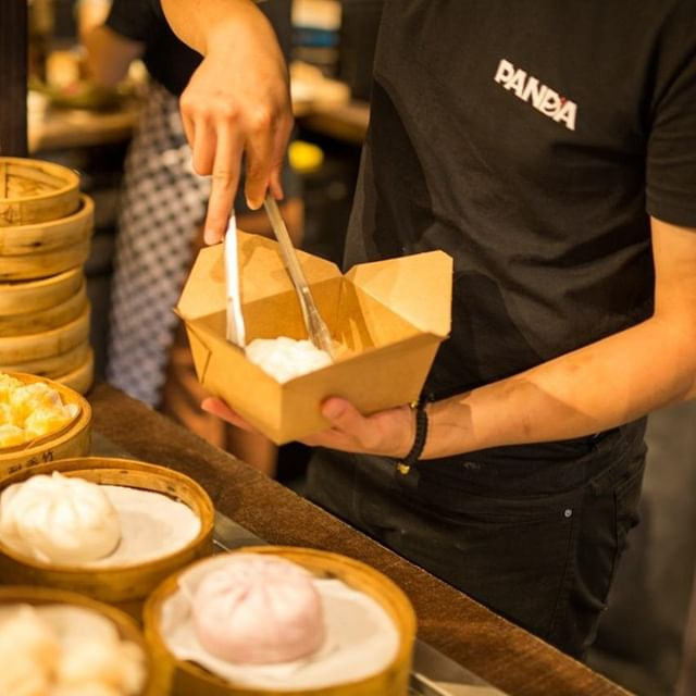 Do you like your dumplings steamed or pan fried? Whatever your preference the freshly made @panda.town.city dumplings will satisfy your cravings. 🥟⠀ .⠀ .⠀ .⠀ .⠀ .⠀ .⠀ #dumplings #aucklandeats #chinesefood #lunch #yum #nomnom #foodie #eatout #foodlust #foodislife #dumplings #panda #pandadumplings #queensrise #spicydumplings #deliciousdumplings #instadumplings #asianfood #lovedumplings #asiandelights #freshdumplings #dumplinglove