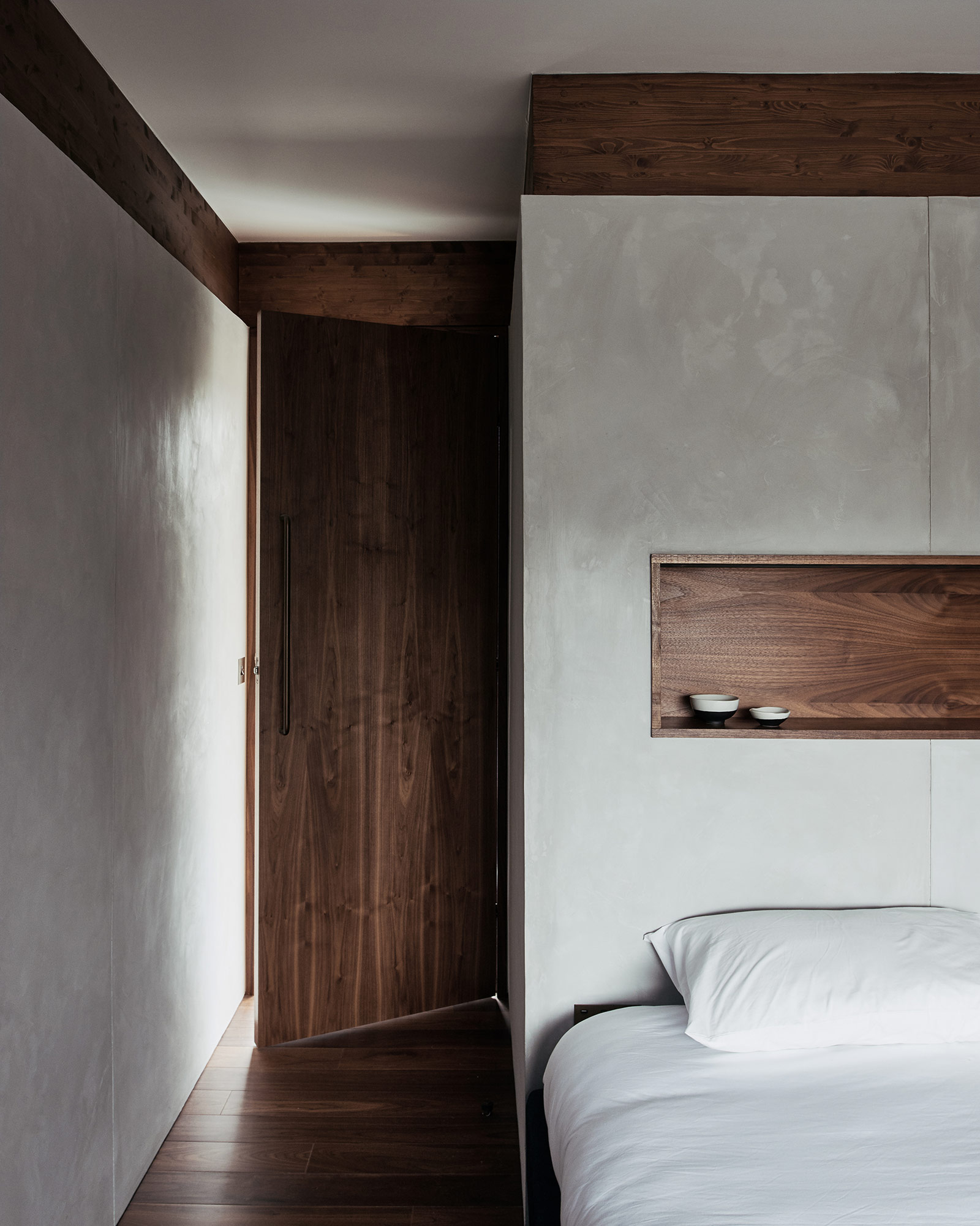 hyde-and-hyde-SHS-Silver-House-interior-bedroom.jpg