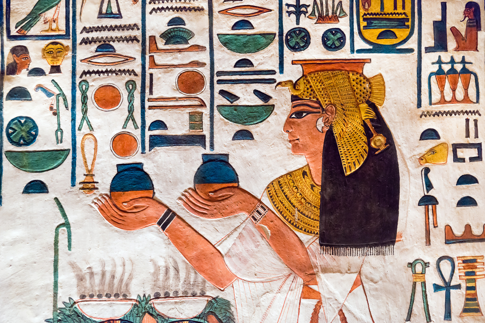 Step right up and marry your brother! - This image from queen Nefertari's tomb comes courtesy of kairoinfo4u on Flickr.