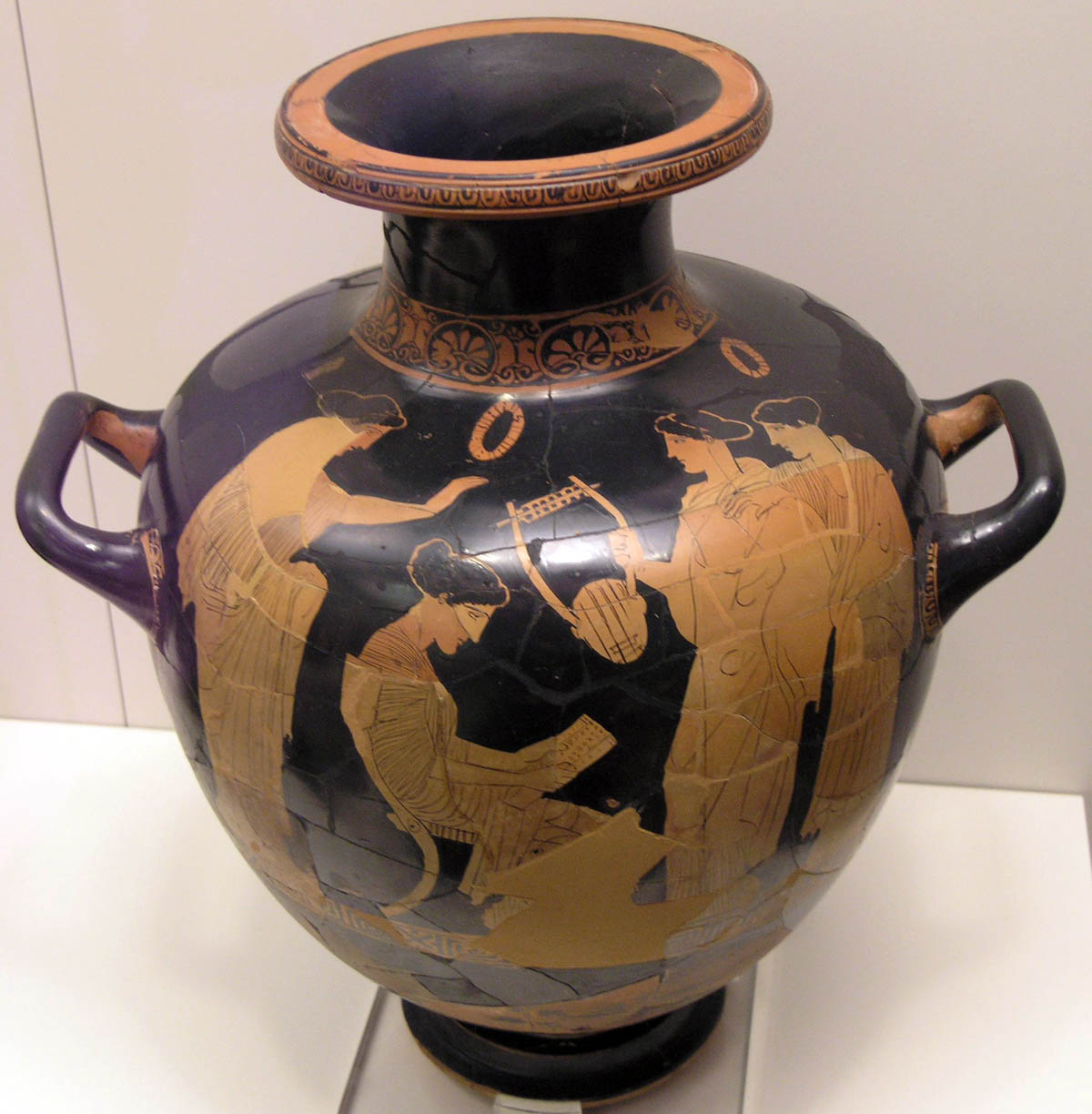 Sappho inspired ancient poets and artists, including the vase painter from the Group of Polygnotos who depicted her on this red-figure hydria.