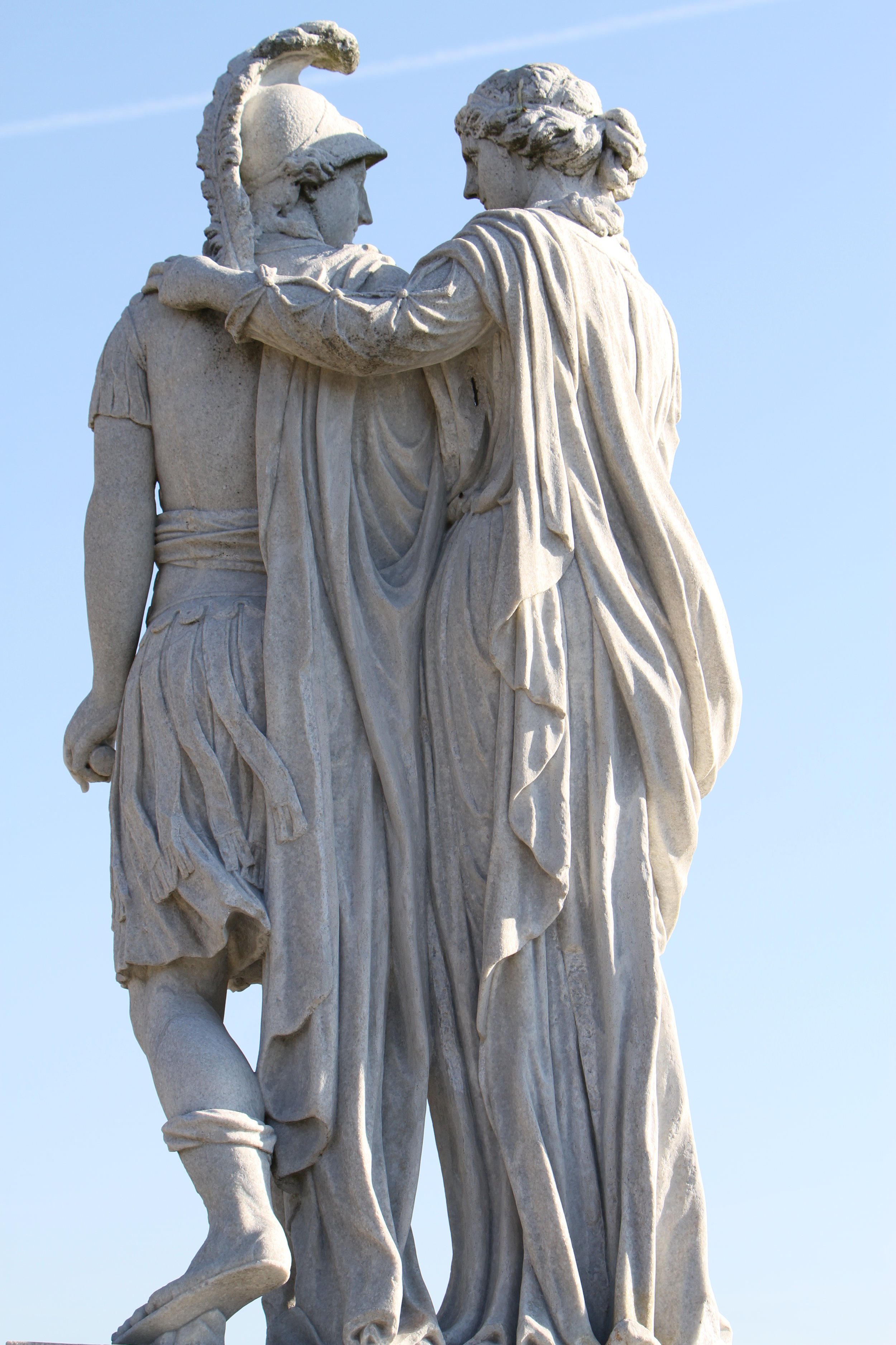 Don't worry, Alex. Momma's got you. - A statue of Olympias and Alexander from Vienna, Wikicommons