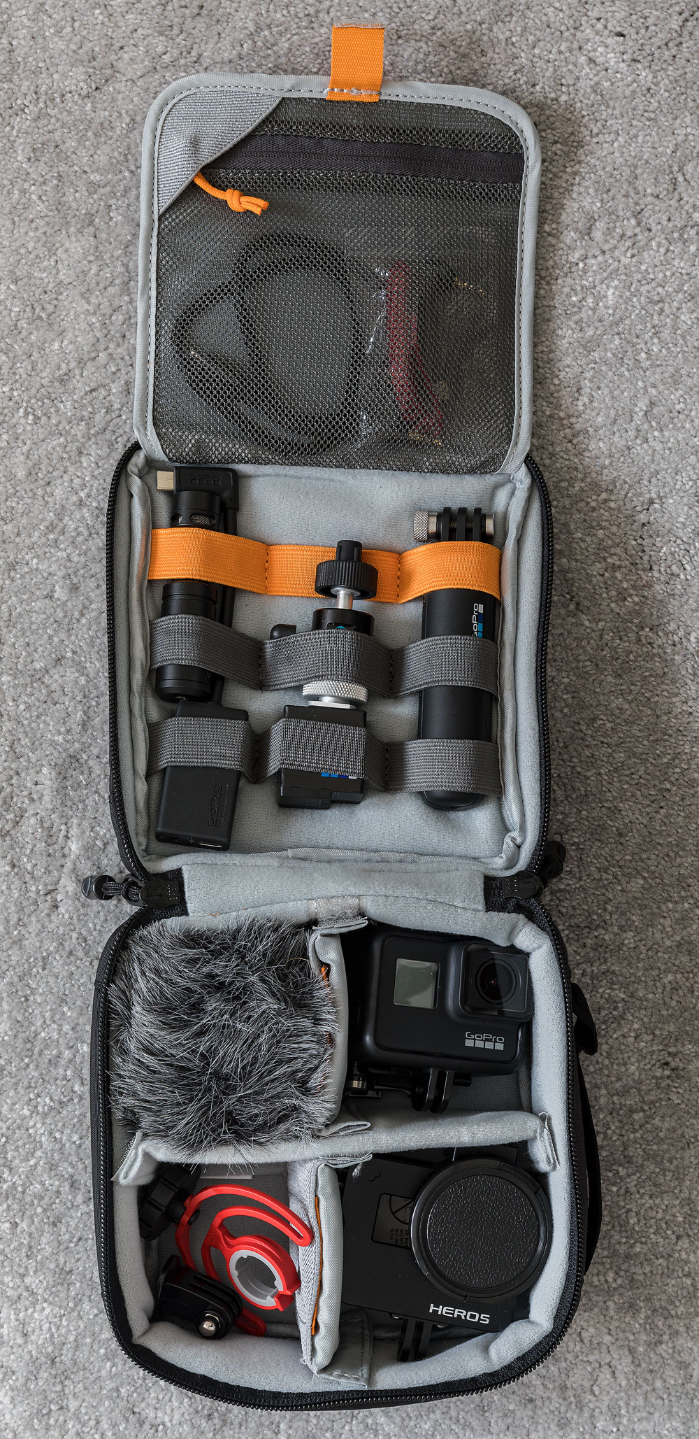 lowepro-iewpoint-CS60-4.jpg