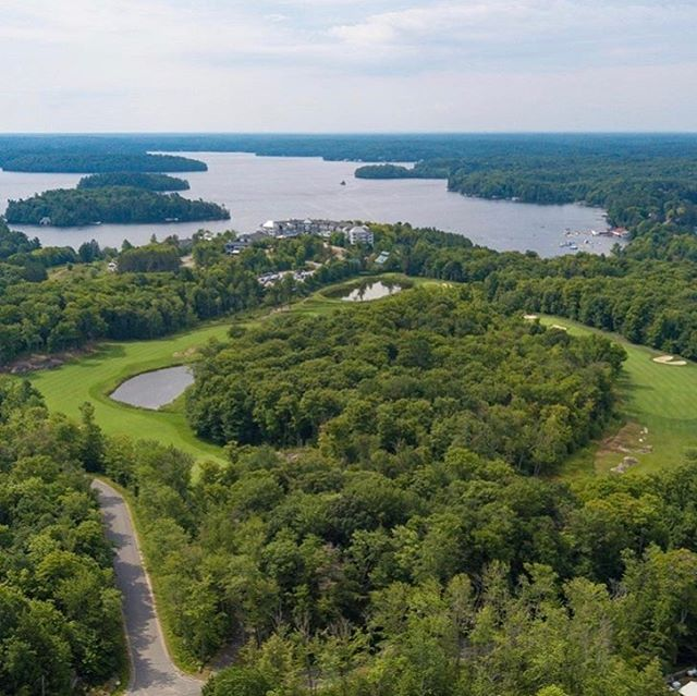 All of the views here in Minett. The Rock Golf Course, JW Marriott The Rosseau Muskoka and our beautiful body of water Lake Rosseau.