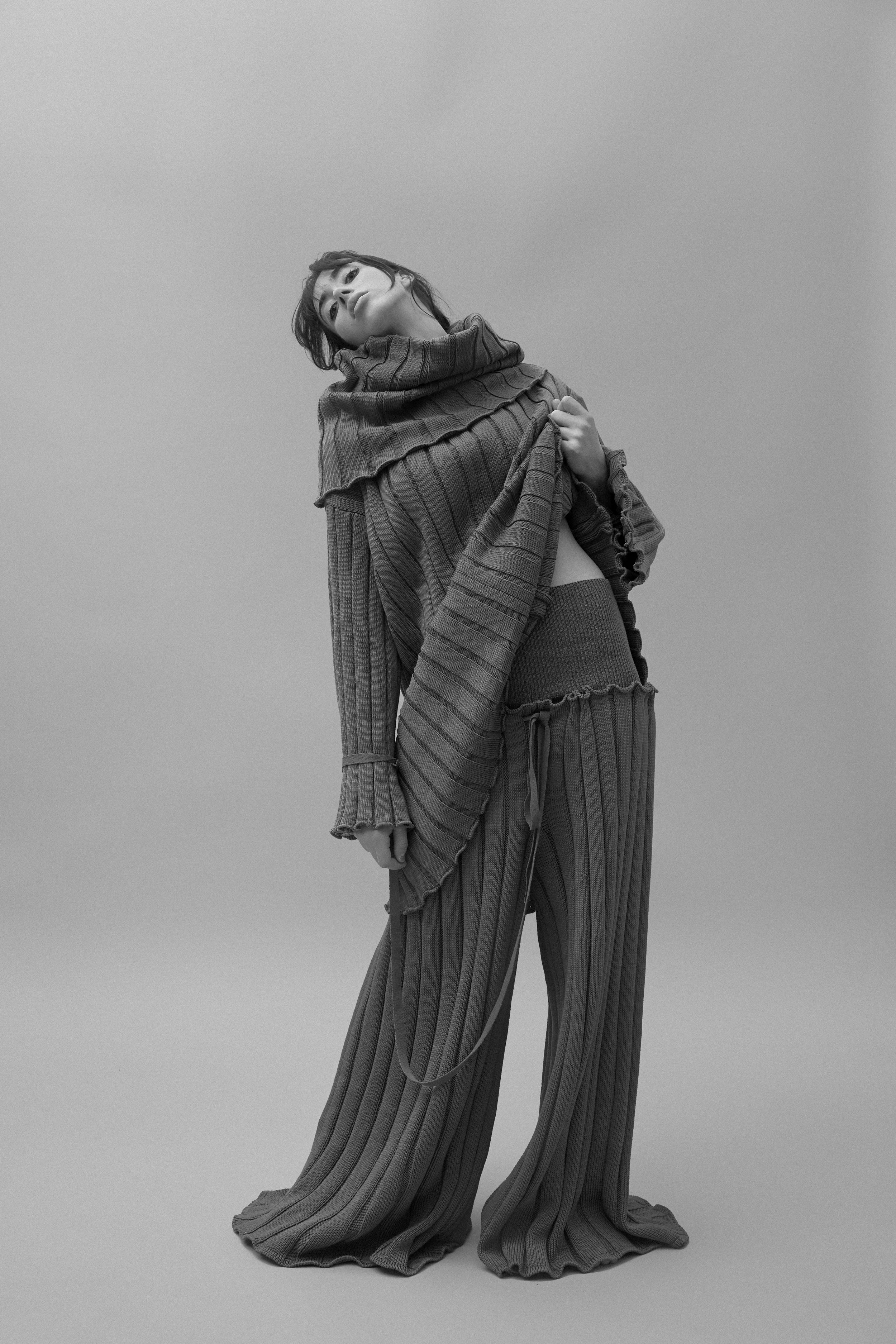 Photographer: Agness Trawczynska  Creative Direction: Alina Lobanova  Model: Chloe/First Model Management   MUA: Tyla Doyle