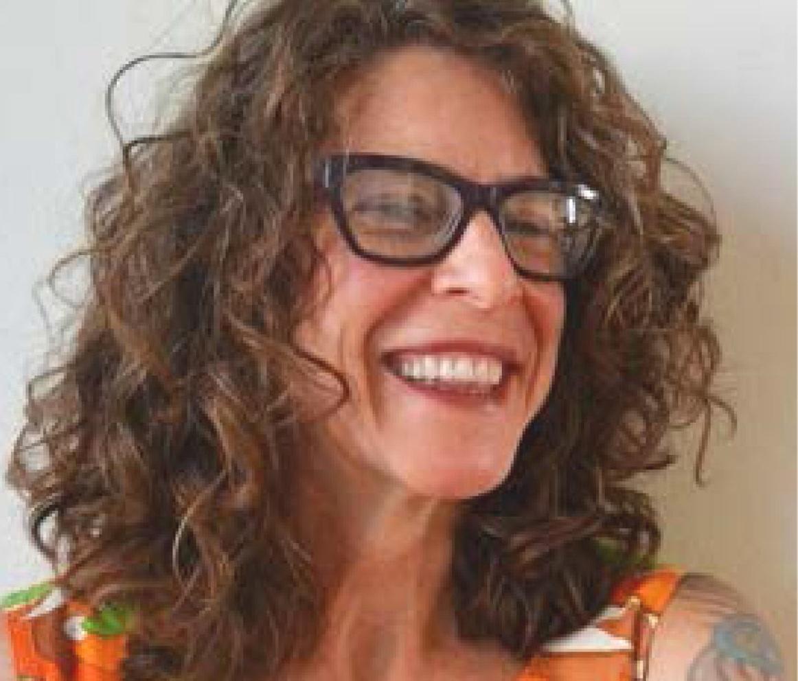 Dana Greene, Ph. D.  Basic Vinyasa + Restore Yoga, Yin Yoga & Essential Oils 500YRT