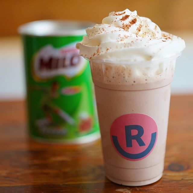 MILO CREAM BUBBLE TEA 😍When the weather is this good, sun is shining and the heat is turned on. Our Milo cream bubble tea is a must have ☀️💚#milo #bubbletea #camdeneats #ramenlovers #halalrestaurant #halafood #ramenbar #londonfood #milodrink #filipinofoodmovement #filipinofood