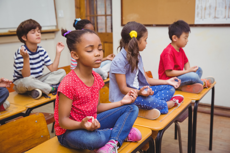 Mindfulness-in-the-Classroom.jpg