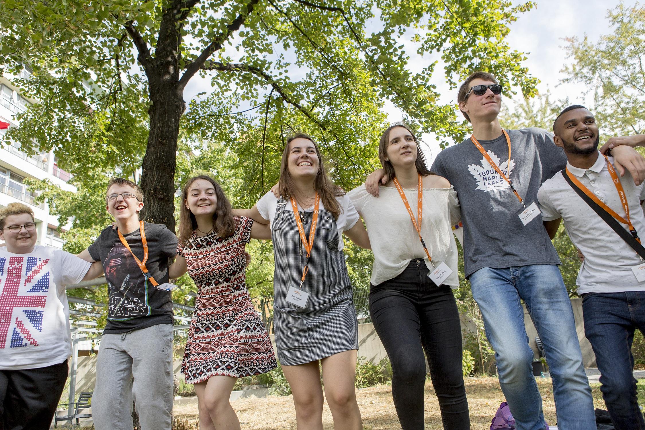Gemeinschaftsgefühl während des CHILDREN Jugend hilft! Camps