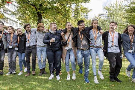 Vernetzung und Austausch zwischen den jungen Engagierten machen einen wichtigen Teil des Camps aus.